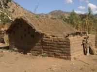Eenvoudige woning in een van de omliggende dorpen