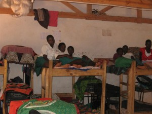 Katowo girls hostel 2015 (4) (Large)