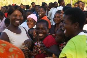 Supporters Katowo vieren winnende doelpunt (2) (Large)